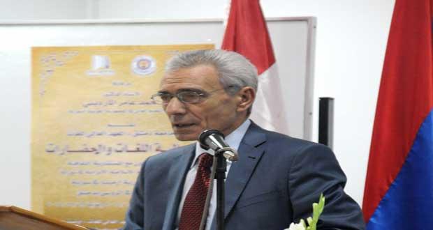 سفير أرمينيا في سوريا يقدم كتاب جديد عن الإبادة الجماعية الأرمنية