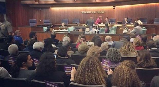 مجلس مدينة كارسون بكاليفورنيا يرفض طلب بناء نصب لأتاتورك