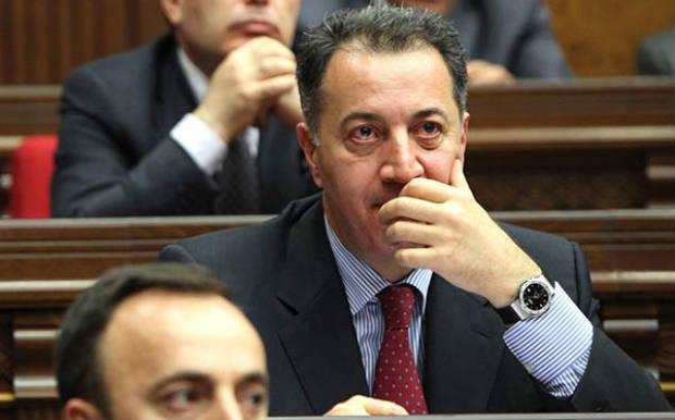 وزير الاقتصاد الأرمني: نبني اقتصادنا علي أساس التعليم والعلوم والابتكار