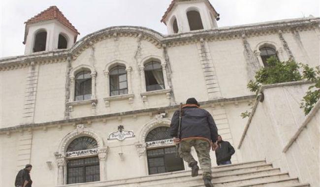 السوريون الأرمن: موسم آخر للهجرة!