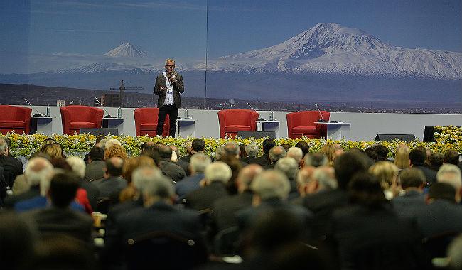 بدء فعاليات اليوم الثاني من المنتدى الأرمني العالمي