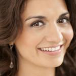 المغنية الأوبيرالية اللبنانية الكندية إيزابيل بايراكداريان