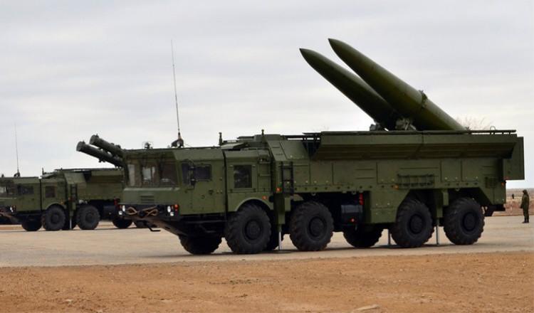 """منظومة """"إسكندر-ام"""" للصواريخ التكتيكية"""