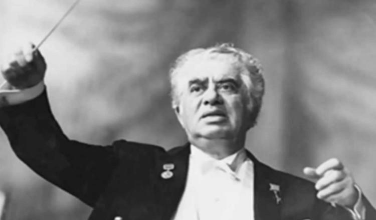 الموسيقار الكبير آرام خاتشادوريان