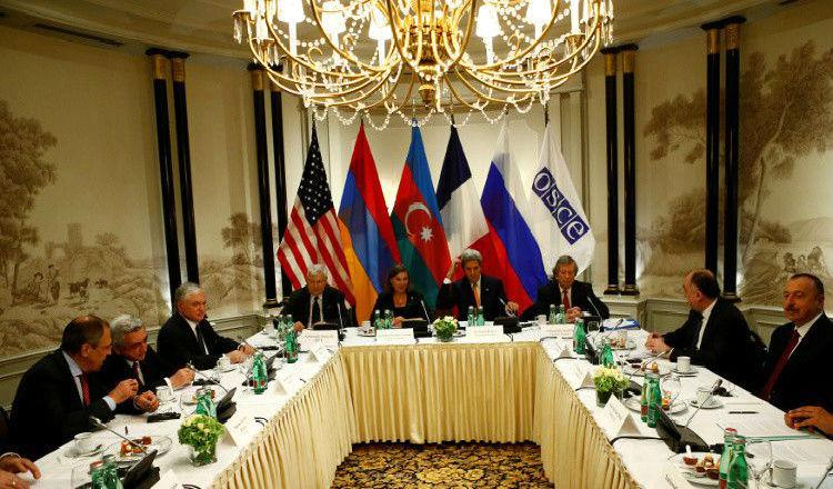 ساركيسيان وعلييف يتفقان على الهدنة واستئناف التسوية في كاراباخ