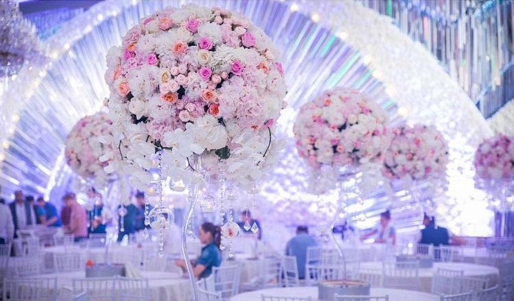 بالصور.. بذخ أسطوري في أغلى حفل زفاف (أرمني) في العالم