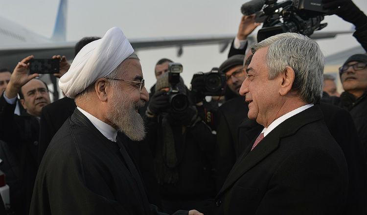 الرئيس الإيراني حسن روحاني يصل أرمينيا في زيارة رسمية