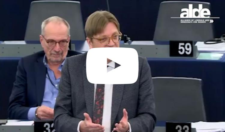 نائب في البرلمان الأوروبي يلقن أردوغان درسا في حرية التعبير