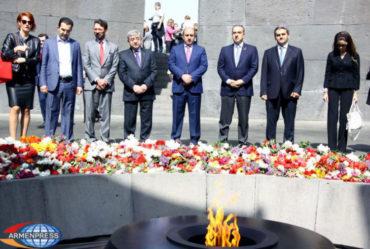 الوزير اللبناني ميشال فرعون يزور نصب شهداء الإبادة الجماعية الأرمنية
