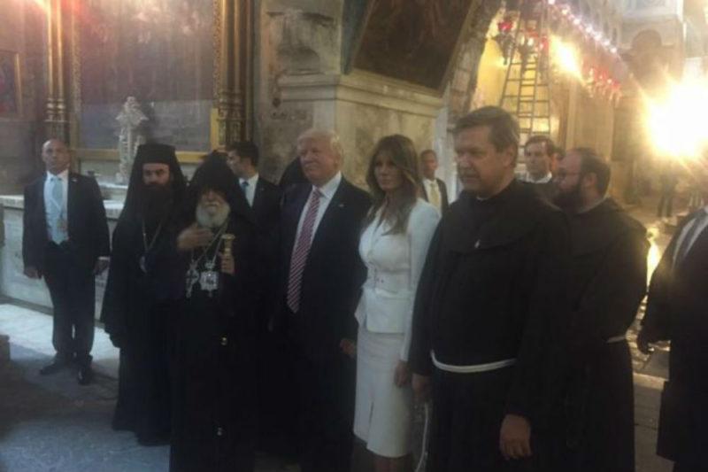 ترامب وزوجته ميلانيا يستمعان إلى أداء جوقة البطريركية الأرمنية بالقدس