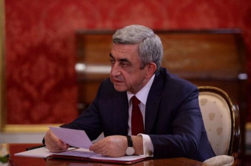 رئيس أرمينيا معزيا السيسي: أثق في مصر وعزمها على دحر الإرهاب