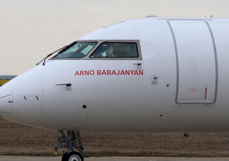 ايروفلوت تطلق اسم باباجانيان على إحدى طائراتها البوينغ العملاقة