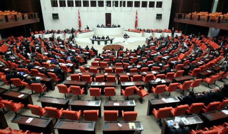 """أردوغان يتقدم بمشروع قرار لمعاقبة من يتفوه بـ """"إبادة الأرمن"""" داخل البرلمان"""