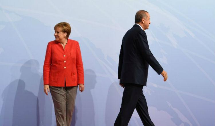 بعد سحب السفير… برلين تحذر مواطنيها من السفر إلى تركيا