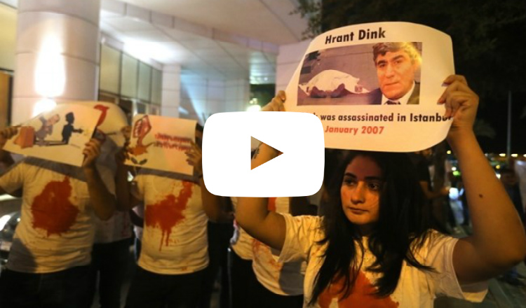 فيديو.. شباب أرمن يتظاهرون ضد أردوغان أمام إحدى فنادق بيروت