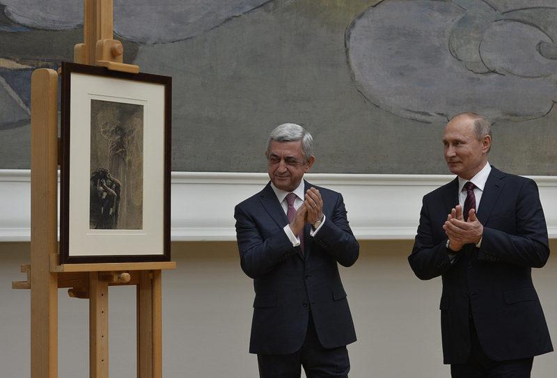"""بوتين يعيد لوحة """"الملاك والشيطان"""" لأرمينيا بعد 22 عاما من قيام مجهولين بسرقتها"""