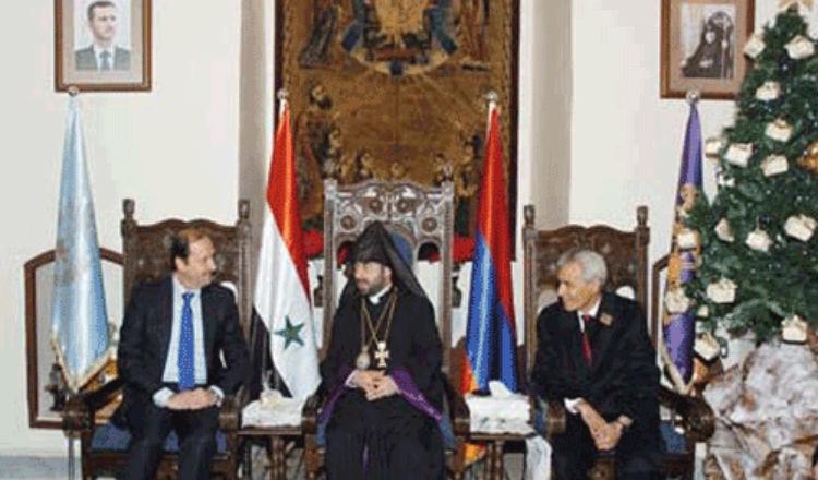 بتكليف من الأسد.. عزام يهنئ الأرمن الأرثوذكس بعيد الميلاد المجيد