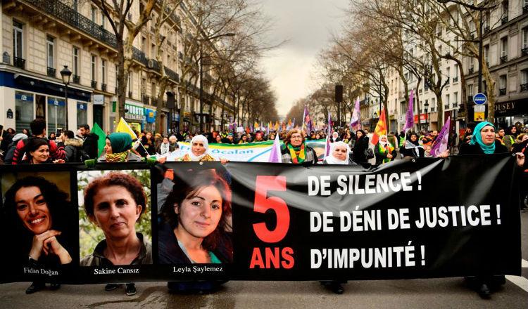 الأرمن والأكراد يتحدون في باريس ضد الرئيس التركي