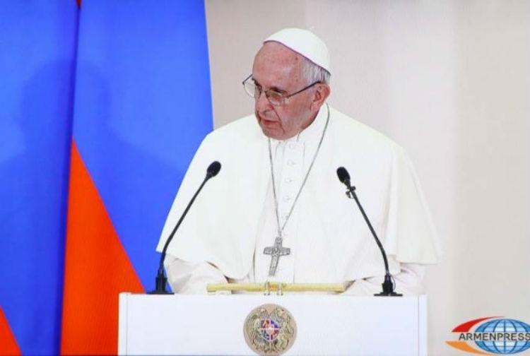البابا فرانسيس ينقل تمنياته للشعب الأرمني بمناسبة عيد الميلاد
