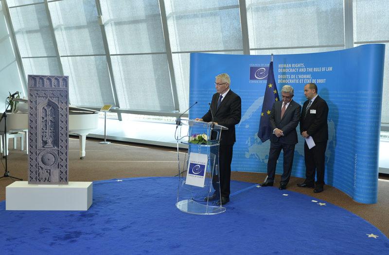 كلمة الأمين العام لمجلس أوروبا بمناسبة الكشف عن الهدية الأرمنية.. الخاتشكار