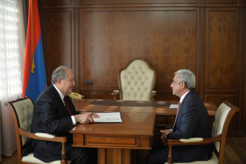 رئيس أرمينيا يلتقي سيرج ساركيسيان ويصدر مرسوما بتعينه رئيسا للوزراء