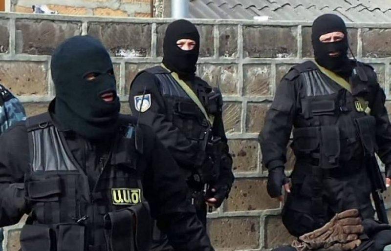 الأمن الأرمني يعتقل إرهابي ناشط في سوريا أثناء محاولته دخول أرمينيا