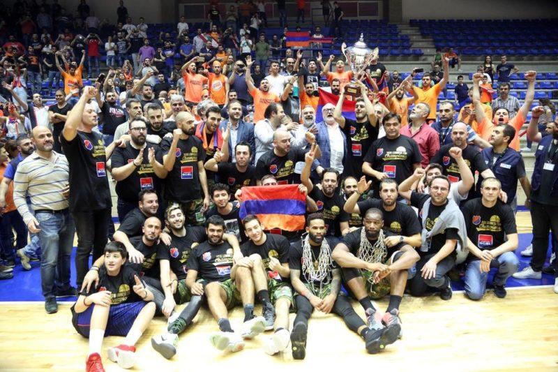 هومنتمن بيروت يحرز كأس لبنان لكرة السلة