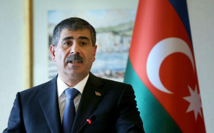 وزير دفاع أذربيجان يهدد أرمينيا: مستعدون لعمليات عسكرية واسعة النطاق