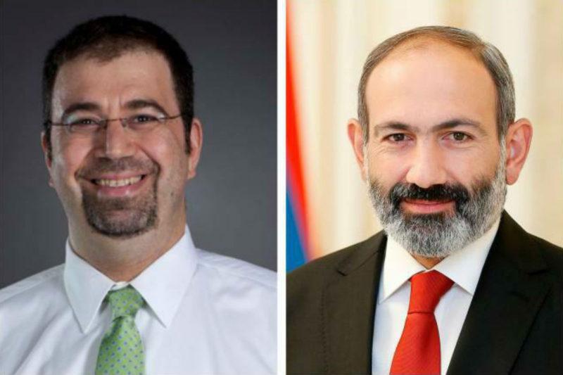 باشينيان يستعين بالخبير التركي العالمي أرمني الأصل دارون أجيم أوغلو للنهوض بالاقتصاد