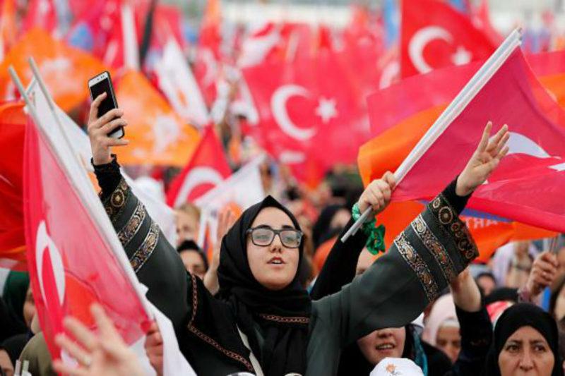 فتح صناديق الانتخابات في تركيا و4 أرمن بين المرشحين للبرلمان