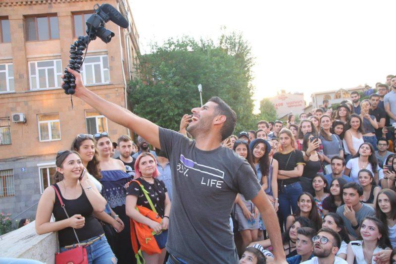 المدون Nas Daily يصل يريفان لتصوير سلسلة من الفيديوهات القصيرة من أرمينيا