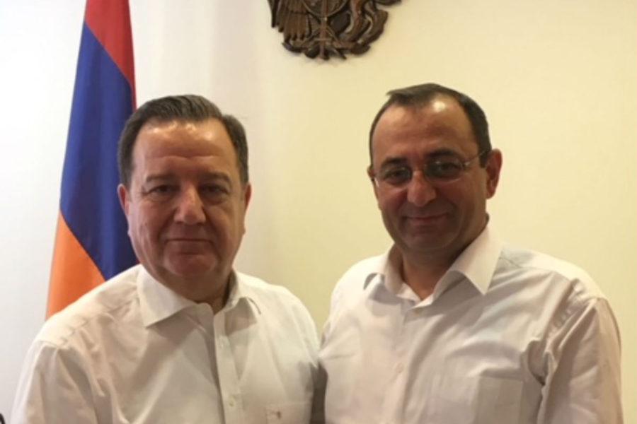 ليون زكي: الحكومة الأرمنية الجديدة حريصة على توسيع التعاون الاقتصادي مع سوريا