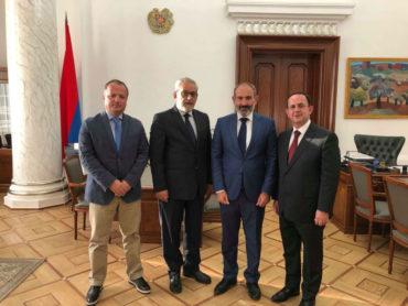 رئيس وزراء أرمينيا يستقبل وفد اللجنة المركزية لحزب الطاشناق في لبنان