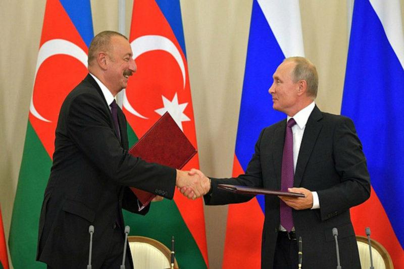بوتين يوقع عقد عسكري بقينة 5 مليارات دولار مع علييف