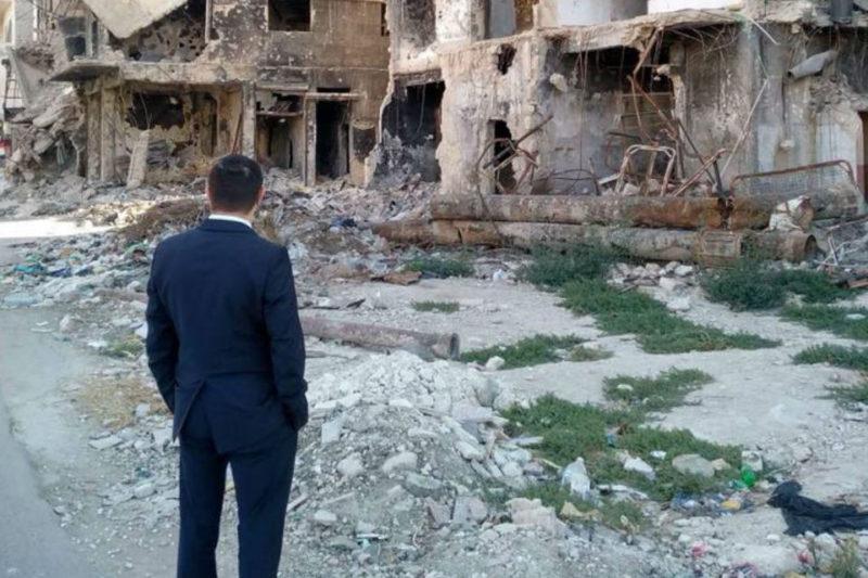 بالصور: وزير الشتات الأرمني يصل حي الميدان في حلب لتفقد الأوضاع