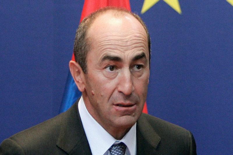 اعتقال رئيس أرمينيا الأسبق روبيرت كوتشاريان