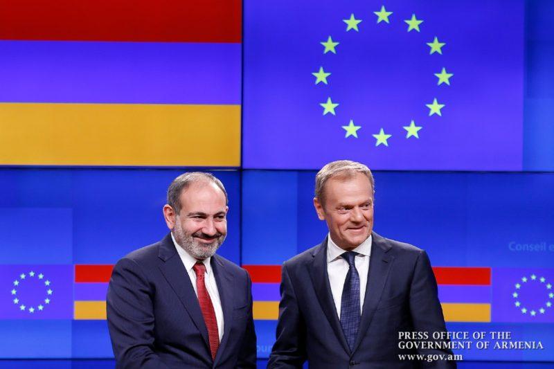 باشينيان: مواطنو أرمينيا يتنظرون بفارغ الصبر إمكانية السفر بحرية إلى دول الاتحاد