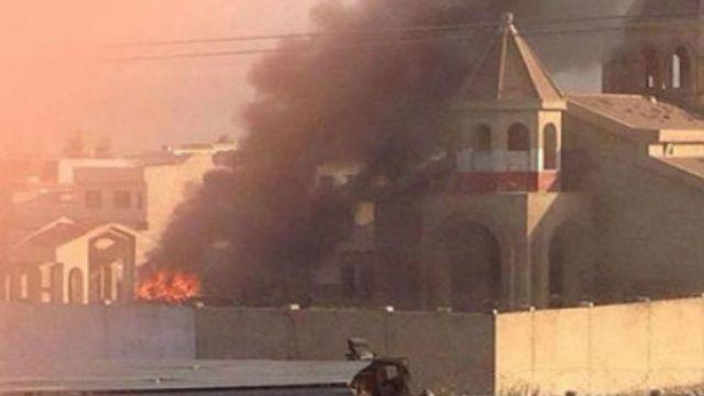 -تحرق-كنيسة-أرمنية-في-الموصل.jpg